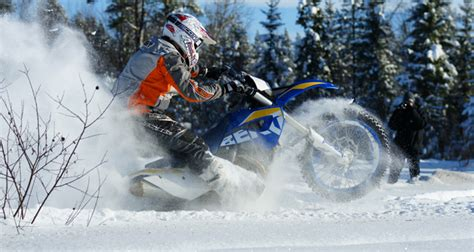 Motorrad Kaufen Im Winter by Enduro Im Schnee Testbericht