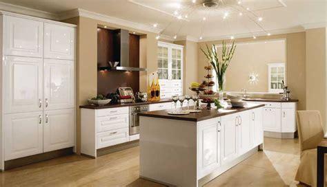 Schöne Küchen In Grau k 252 che kleine k 252 che landhausstil kleine k 252 che