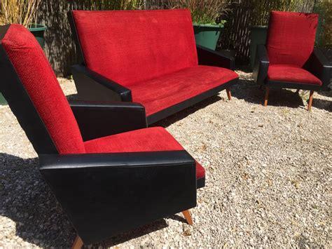 fauteuil skai noir vintage canap 233 fauteuil vintage ann 233 es 50 60 velours rouge ska 239