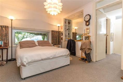 hobbit hole bedroom luxury hobbit hole round door 171 inhabitat green design