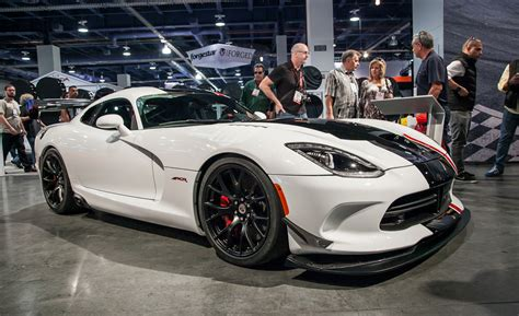 How Much Does A Dodge Viper Cost by Dodge Goes All Out With The 2016 Dodge Viper Acr