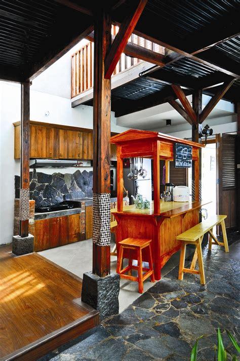 desain gerobak kayu 50 inspirasi desain interior khas indonesia bagian 1