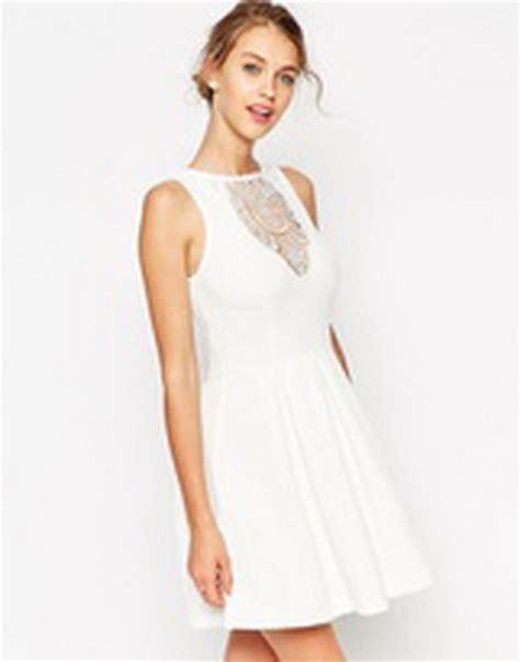 Asos Robe Blanche Courte - robe patineuse dentelle blanche