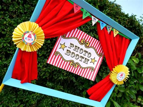 diy circus 13 diy photo booth ideas for your kid s next brit co