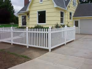 Types Of Garden Fencing Ideas - pacific fence and wire co home fencing in portland oregon