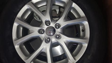 2015 jeep cherokee tires 2015 jeep cherokee delivered with wrong size tire 1