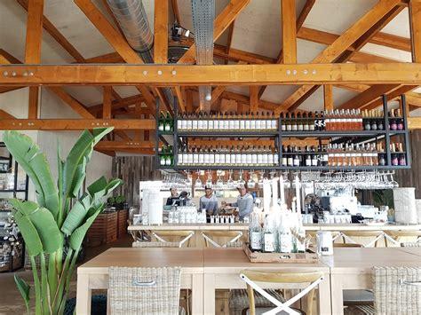 de brouwersdam strandclub zee op de brouwersdam talks treasures