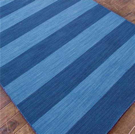 10 rectangular striped rugs for your living room