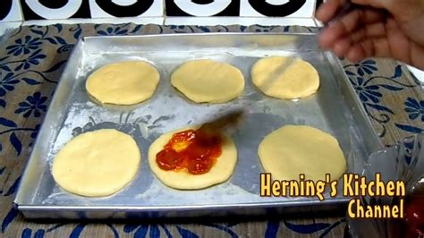 cara membuat pizza jagung manis resep cara membuat pizza mini sederhana youtube