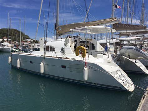 catamaran a vendre lagoon achat vente catamarans occasion lagoon 380 s2 priv 233 3