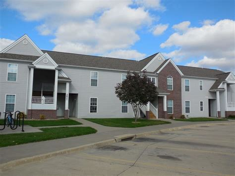 mane gate apartments rentals iowa city ia apartments com