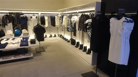 layout zara store zara store collections at phoenix marketcity chennai
