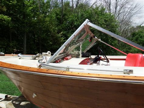 chris craft boats for sale in ky 1963 used chris craft caravelle 20 antique and classic