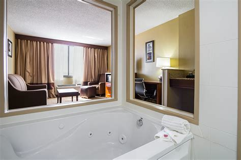 comfort inn downtown cleveland oh comfort inn downtown in cleveland oh whitepages