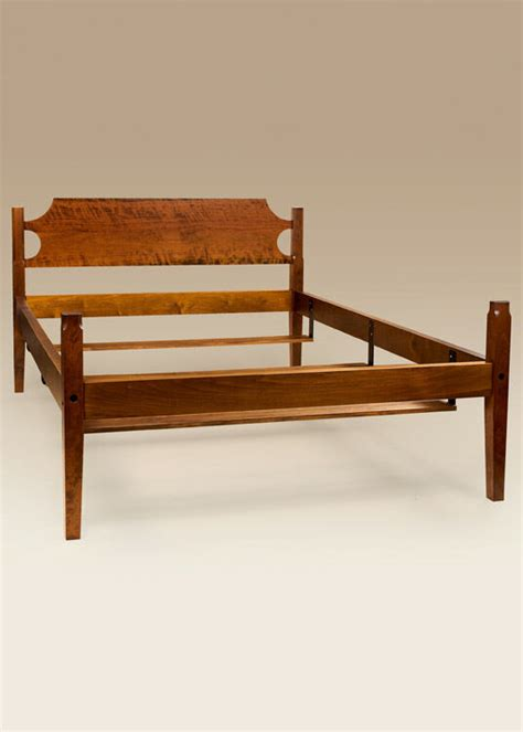 shaker bed frame cherry wood queen size  post bed