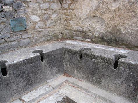 Home Decor Design Houses by Roman Toilets