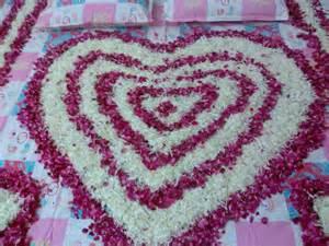beautiful flower bedroom decoration florist ahmedabad
