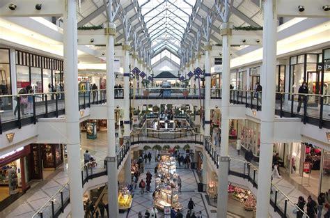 in mall massachusetts shopping boston shopping