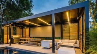 Veranda Pergola by Renson Outdoor
