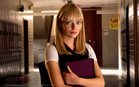 emma stone gwen stacy all things x xcursus the amazing spiderman movie review