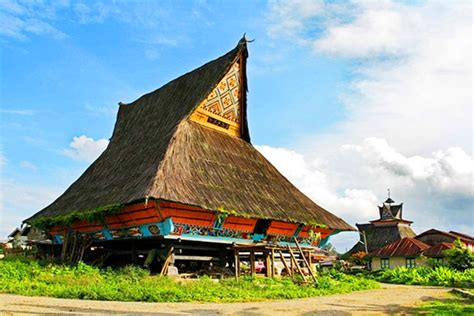 images  indonesian architecture  pinterest traditional house indonesia  bali