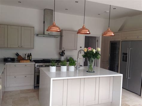 portland stone small kitchen island unit 25 best ideas about howdens kitchens on pinterest