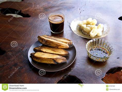 pisang goreng  fried banana popular snack  brunei