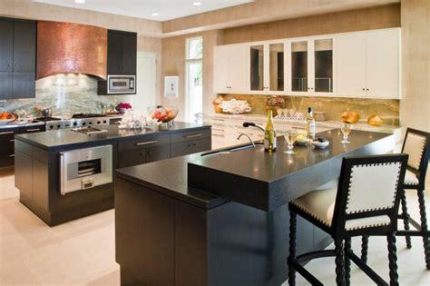 cocinas grandes modernas magia negra en la cocina 50 ideas de muebles en negro