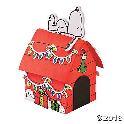 snoopy dog house for sale peanuts 174 3d snoopy s christmas dog house craft kit