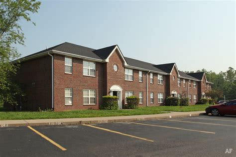 Affordable Apartments In Jeffersonville Indiana Christopher Crossing Jeffersonville In Apartment Finder