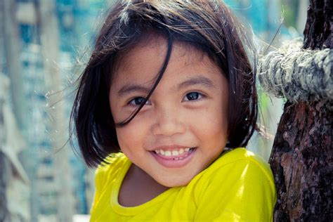 filipino person the beauty of the philippines and its wonderful people