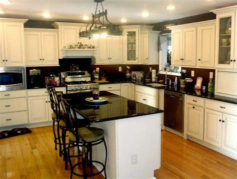 Kitchen Cabinets Assembly Required by Pin By Jennifer Broussard On Kitchens Island Seating