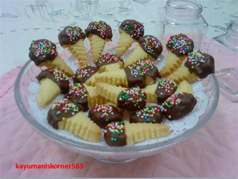 kayumaniskorner biskut fancy ice cream