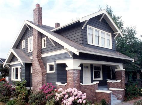 wide beveled siding exterior painting
