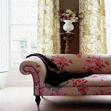 decorating with patterned upholstered furniture decorating with patterned upholstered furniture
