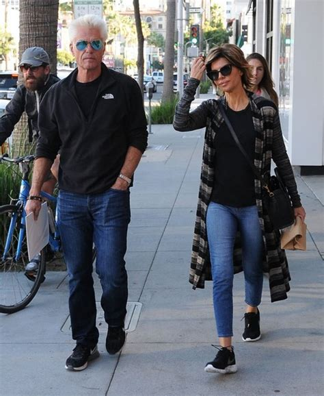 how does lisa rinna stay skinny lisa rinna photos photos lisa rinna and harry hamlin go