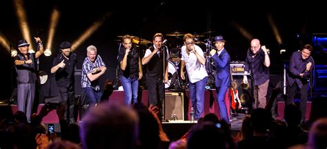 best of huey lewis and the news pollstar huey lewis and the news