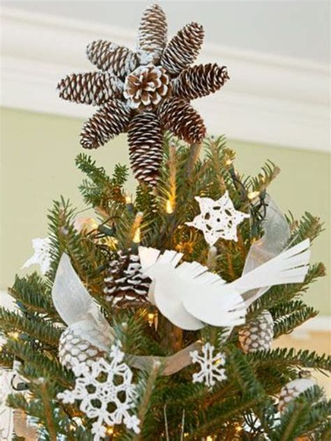 12 more creative tree toppers to enhance the beauty of