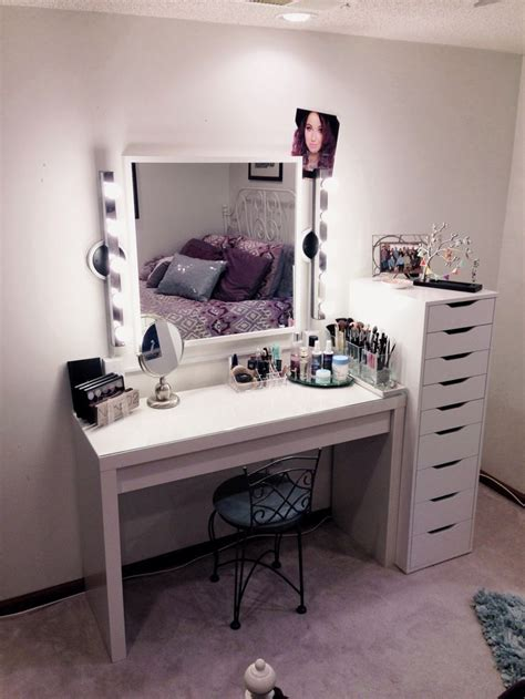 Bedroom Makeup Vanity With Lights Ikea by Makeup Vanities And Makeup Vanities On