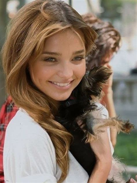 Miranda Kerr Hairstyles: Lovely Look   Pretty Designs