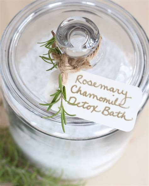 Organic Bath Detox by 25 Unique Detox Bath Soak Ideas On