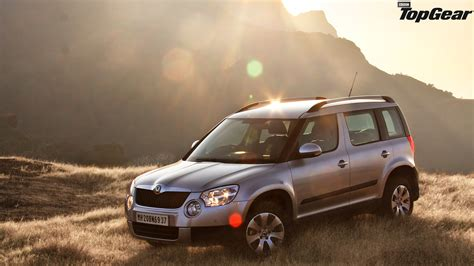 skoda yeti top gear bmw m8 1990 wallpaper 1024x768 4220