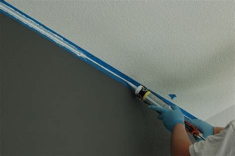 How To Paint Between Ceiling And Wall by How To Paint A Ceiling Line Makely School For