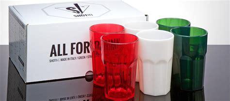 Produzione Bicchieri Plastica Il Futuro Dei Nei Nuovi Bicchieri In Plastica