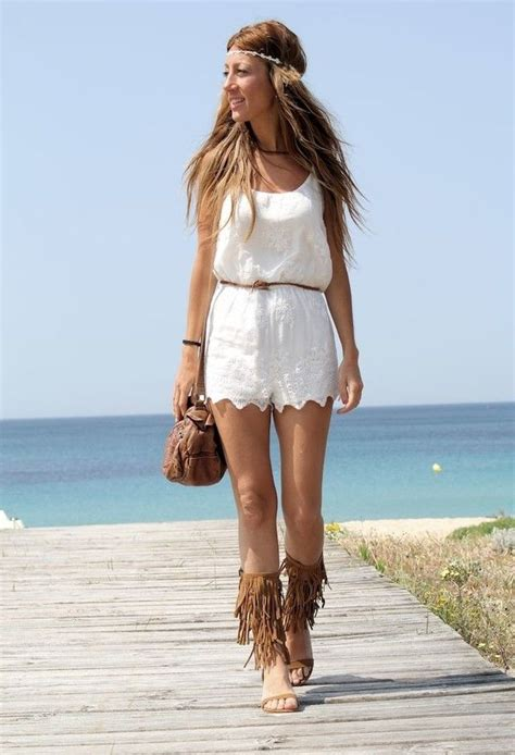 15 Ideas to Wear Pairs of Fringe Sandals   Pretty Designs