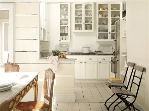 benjamin moore color of the year simply white benjamin moore s color of the year 2016