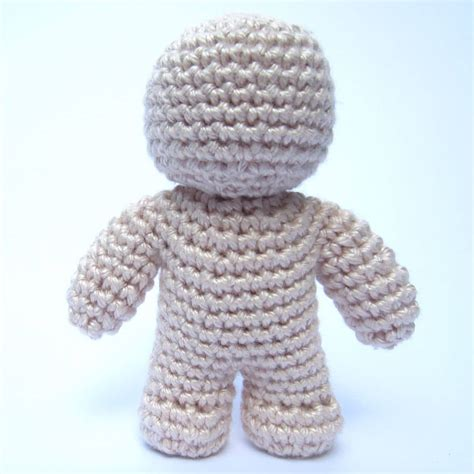 crochet doll one crochet doll pattern supergurumi