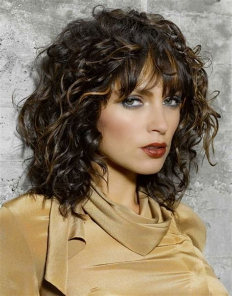 hairstyles curly layered hair layered curly haircuts