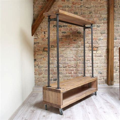 A Simple Clothing Rack