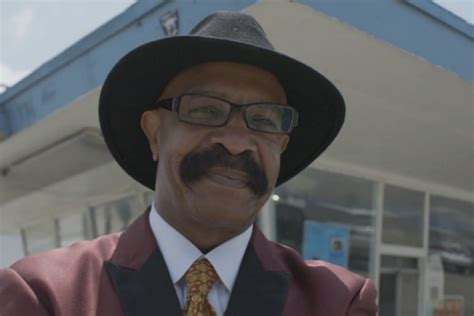 drake s drake s dad featured in video for drake s dad by rock